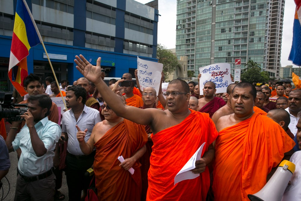 Sri-Lanka-estremisti-buddhisti-Bodu-Bala-Sena-.jpg