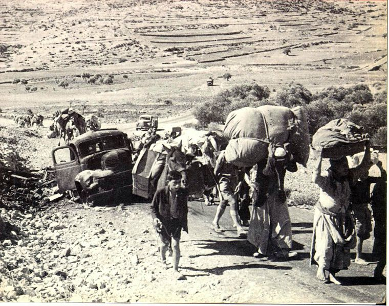 760px-Palestinian_refugees_1948