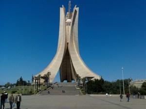 Dal trattato di Evian alla Primavera araba: la storia d'Algeria tra speranza e sofferenza