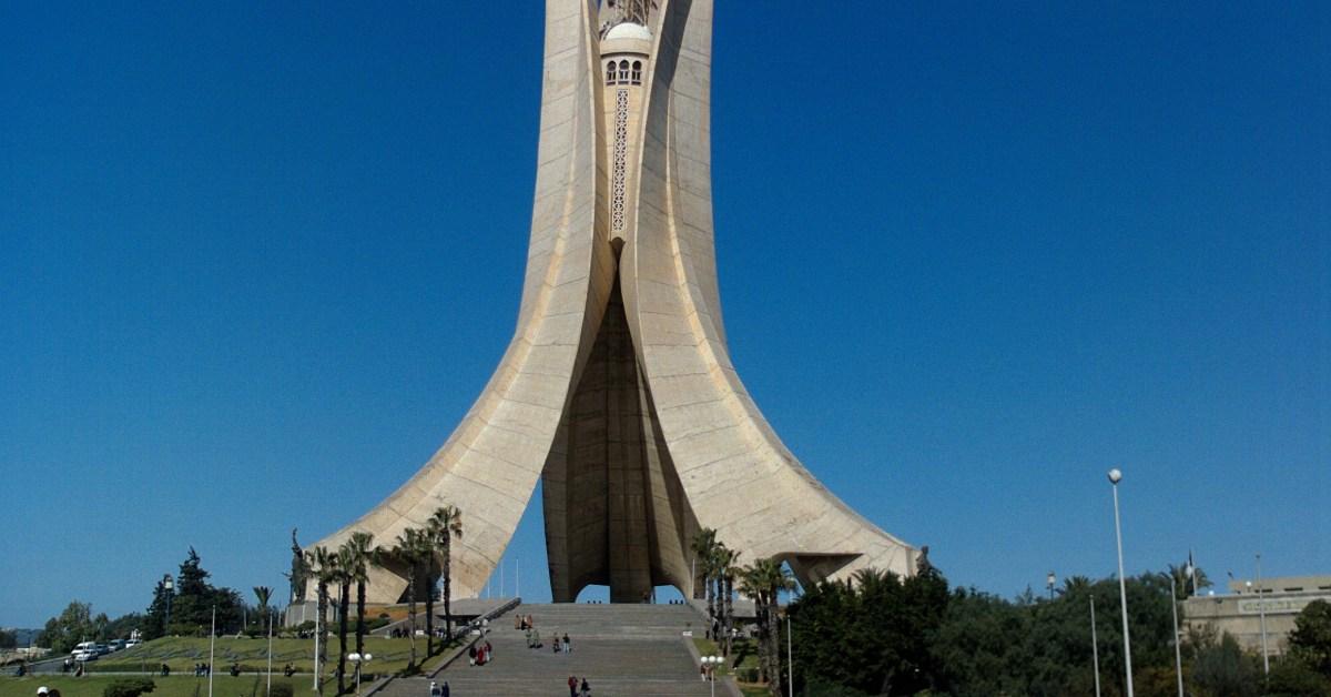 Monumento commemorativo alla guerra d'indipendenza algerina