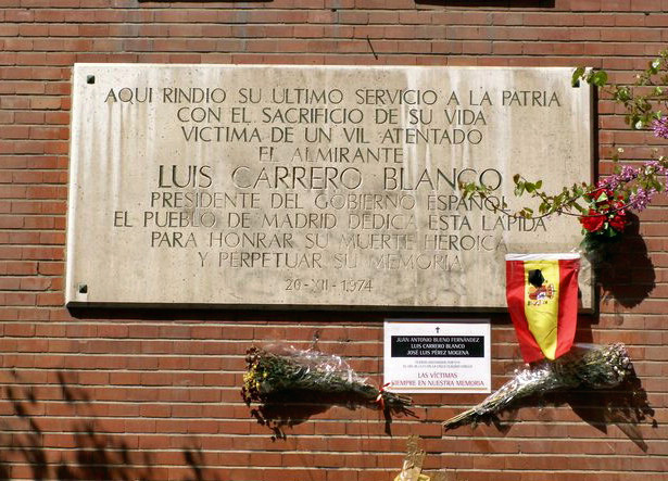 Placa_Carrero_Blanco.jpg