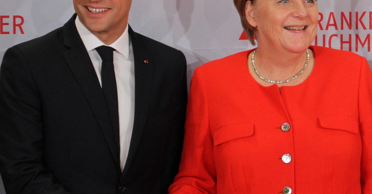 Emmanuel_Macron_and_Angela_Merkel_(Frankfurter_Buchmesse_2017)