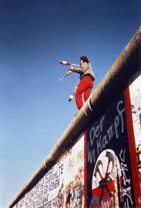 Ricorda 1989: il crollo del Muro nell'Europa post-comunista