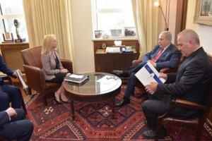 La destra israeliana lotta per il consenso sui corpi dei soldati