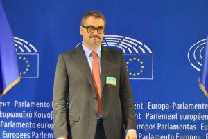 Oltre l'emergenza: il completamento dell'edificio economico-politico europeo. Intervista a Gianluca Toschi