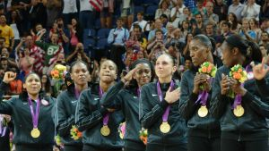 us-womens-basketball-team-in-london_1s6vxc5qugo2f12zl52gxt8nnm