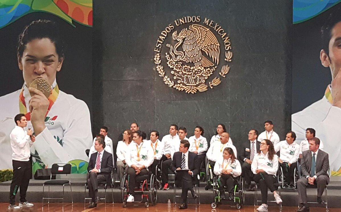 Peña Nieto paralímpicos