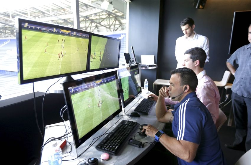 Resultado de imagen para ver video assistant referee
