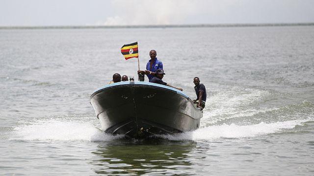 Uganda-muertos-accidente-lago-alberto