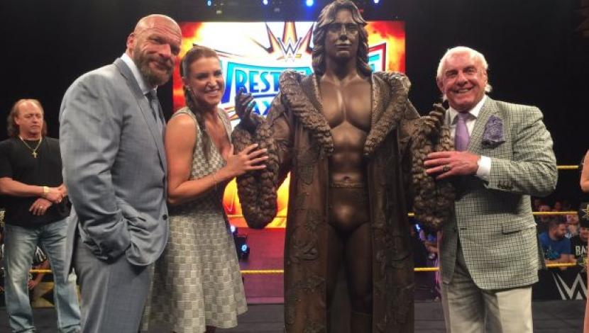 Ric Flair Estatua bronce