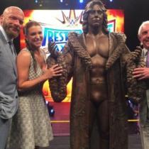 Ric Flair Estatua bronce
