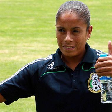 Maribel Domínguez auxiliar técnico sub-17 femenil