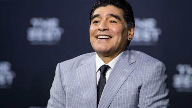 Reportera, Maradona, Acoso, Rusia, Vestido, Quitar, Hotel, Confederaciones