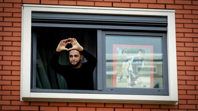 Ajax, daño cerebral, Abdelhak Nouri, futbol holandés, fans, apoyo, partido,