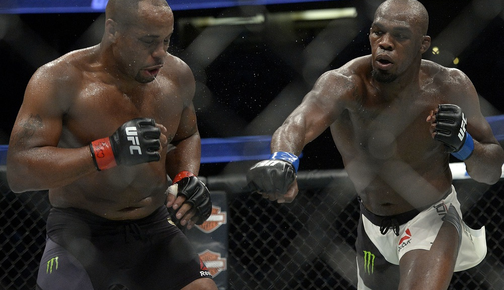 Cormier nocaut Jones no recuerdo UFC