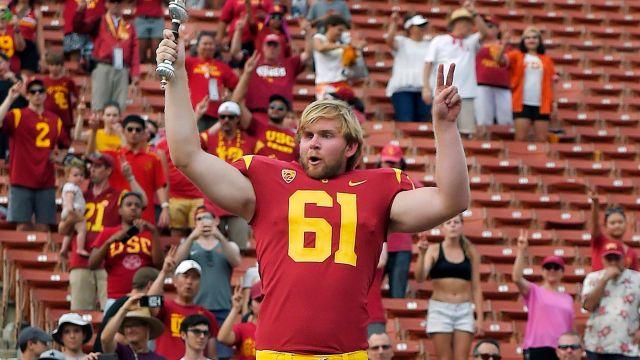 Jugador ciego Estados Unidos NCAA futbol americano USC Troyans Jake Olson