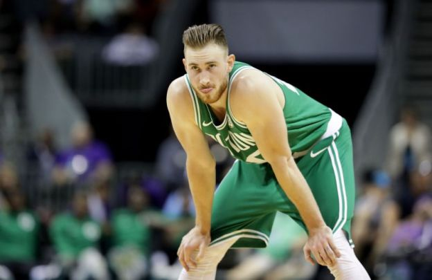 Gordon Hayward fractura celtics NBA juego inaugural Cavs