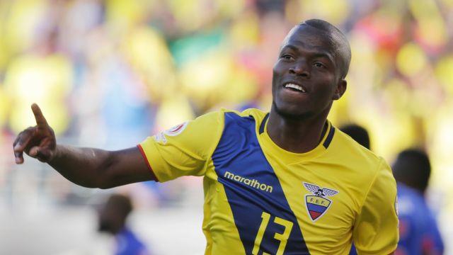 Ecuador, suspende, por indisciplina, futbolistas, Enner Valencia, abandonar, concentración, previo, Argentina