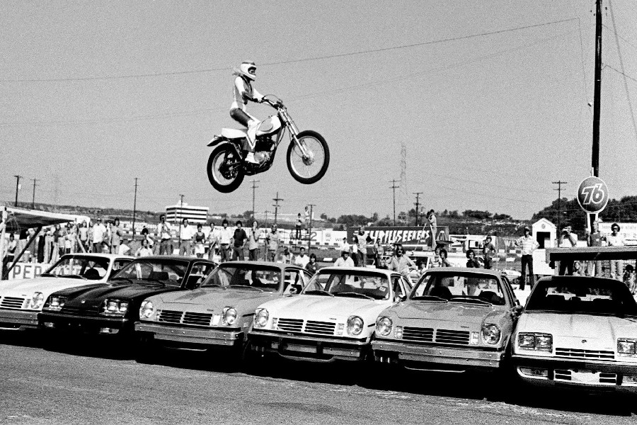 Evel Knievel daredevil acrobacia Cesar Palace Cañón Cohete historia
