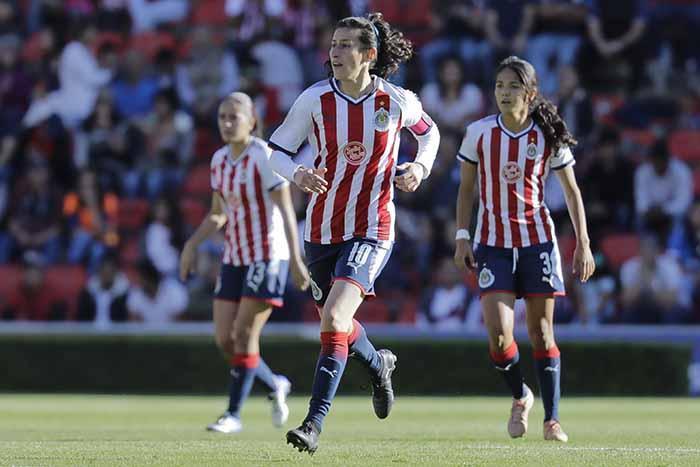 Chivas femenil, Liga MX, femenil, Querétaro, gol olímpico, saludos, Norma Palafox, felicitación, Memphis Depay, holandés