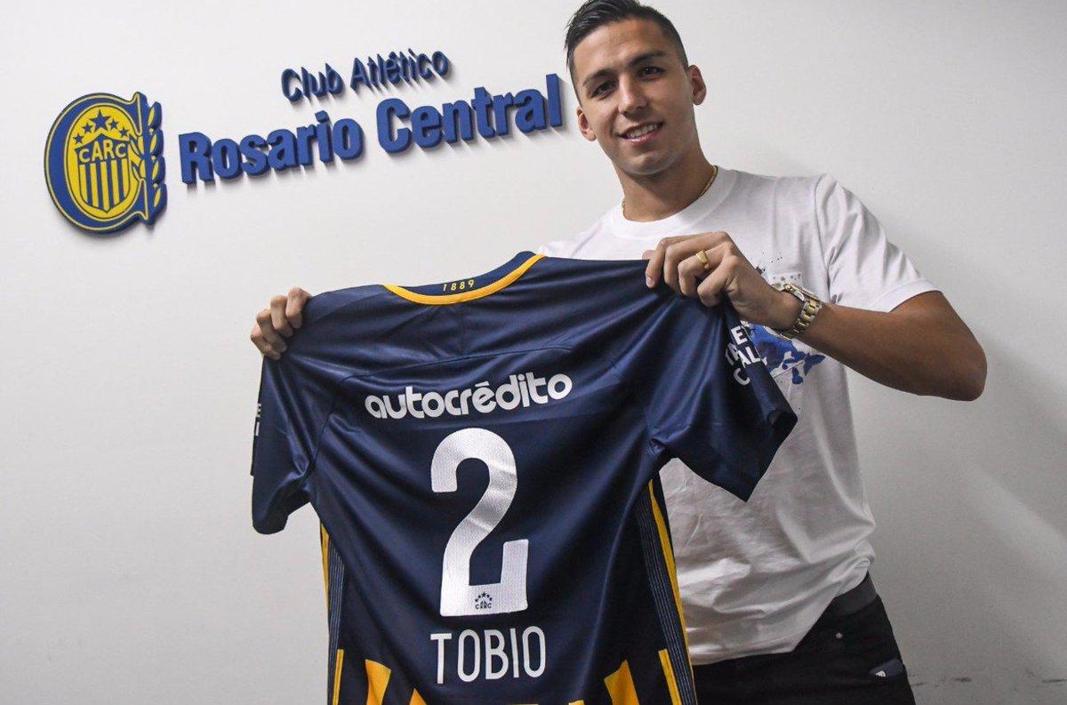 Fernando Tobio Rosario Central agresión mujer violencia