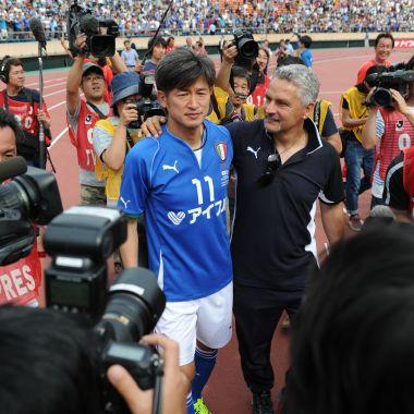 En Japón, renuevan, futbolista, con 50 años, Kazuyoshi Miura, Yokohama FC, inspiración, Oliver Atom, Supercampeones, futbolista, más viejo