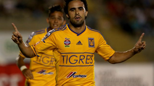 Enrique Esqueda, paleta, futbolista, mexicano, mete gol, debut, Polonia, Arka Gdynia, amistoso, a prueba