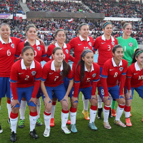 Aficionados acampan para comprar boletos de Copa América Femenina