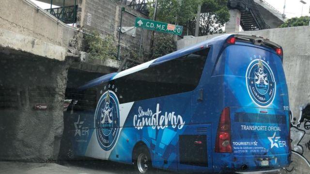 Autobús Puebla Liga MX Atorado Ciudad de México