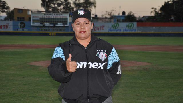 Luz Alicia Gordoa Primera Mujer Umpire LMB