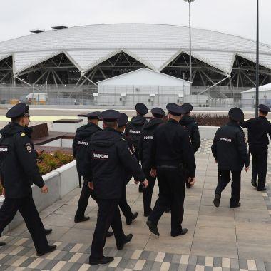 Reportan amenaza bomba sede donde jugara México