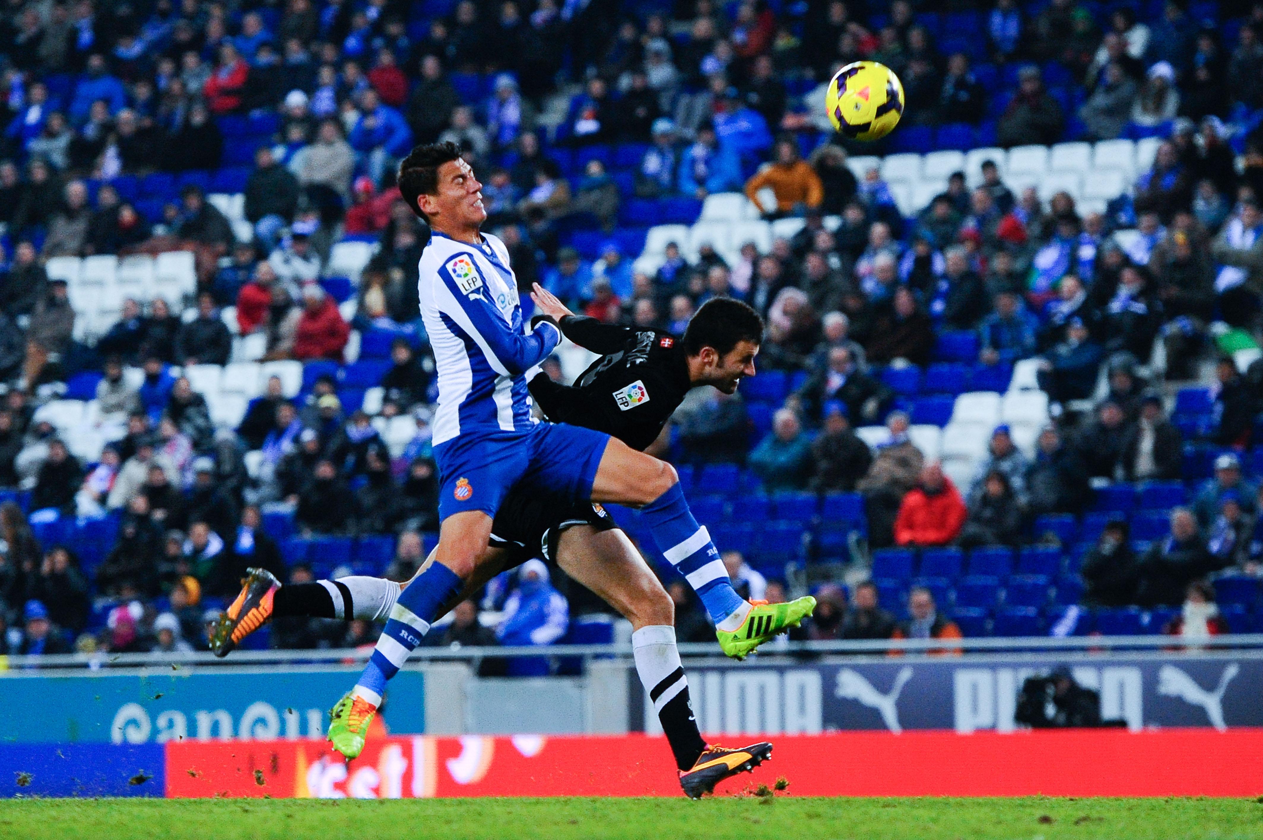 Héctor Moreno, Héctor Moreno Cláusula, Real Sociedad, México