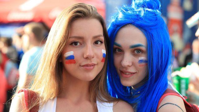 Legisladora Tamara Pletnyova Mujeres Rusas Los Pleyers