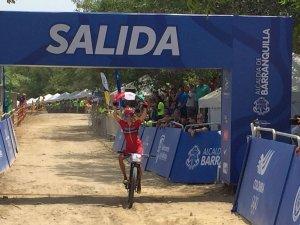 Daniela Campuzano Medalla Ciclismo Montaña Barranquilla 2018