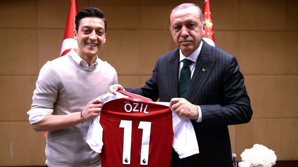Mesut Ozil, Recep Tayyip Erdogan, Retiro, Alemania