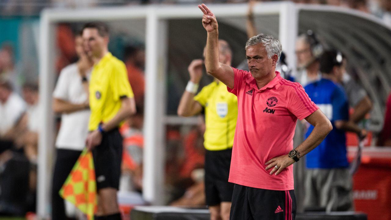 José Mourinho, Avionazo, Durango, Manchester United