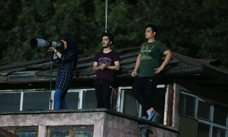 Parisa Pourtaherian, Fotógrafa iraní, Futbol, Irán