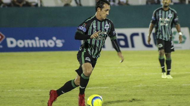Diego de la Torre Entrenador Jugador Cafetaleros Tapachula
