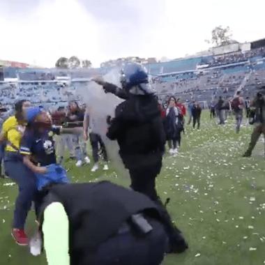 Aficionados Invaden Cancha Golpes Estadio Azul