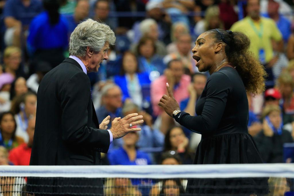 Serena Williams Encara Árbitro US Open