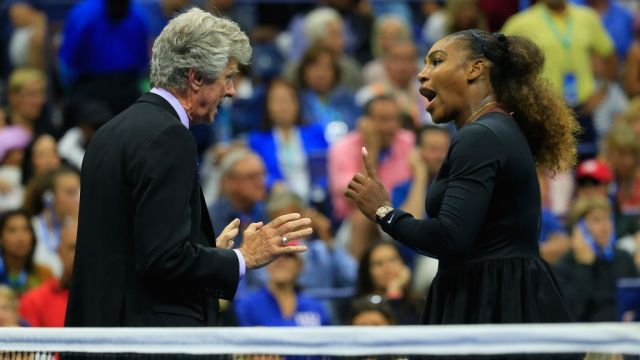 Serena Williams Encara Árbitro US Open