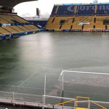 Tormenta en Sinaloa alcanza a estadio de Dorados [Fotos]