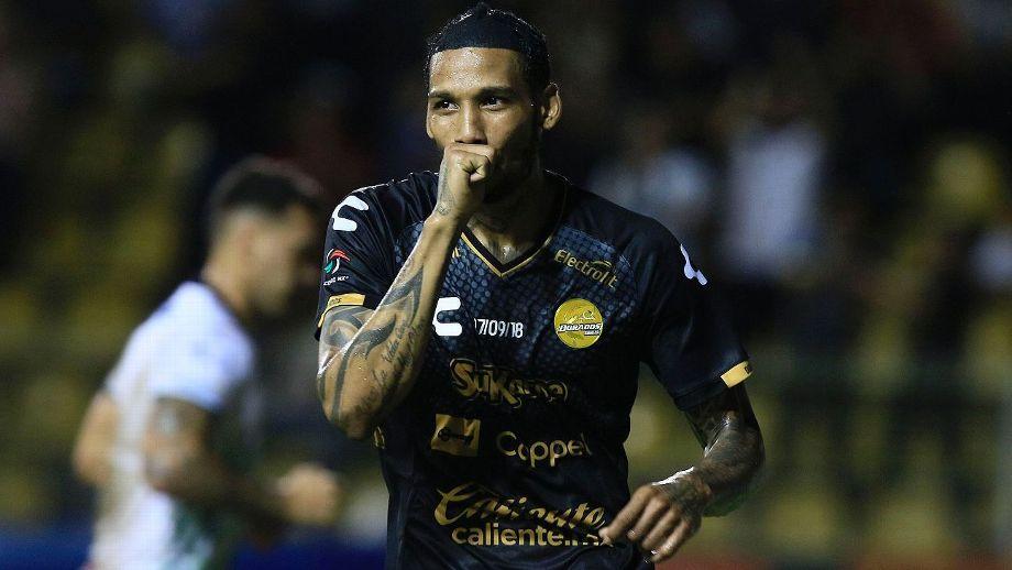Vinicio Angulo, Diego Maradona, Quién Es, Dorados