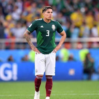 Carlos Salcedo tiene la opción de regresar a Europa
