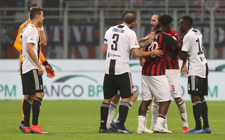 Gonzalo Higuaín, Cristiano Ronaldo, Juventus, Milán, Los Pleyers
