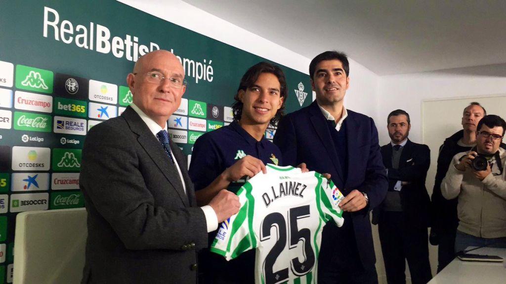 Betis presenta oficialmente a Lainez como su nuevo jugador 8970eeda6da55