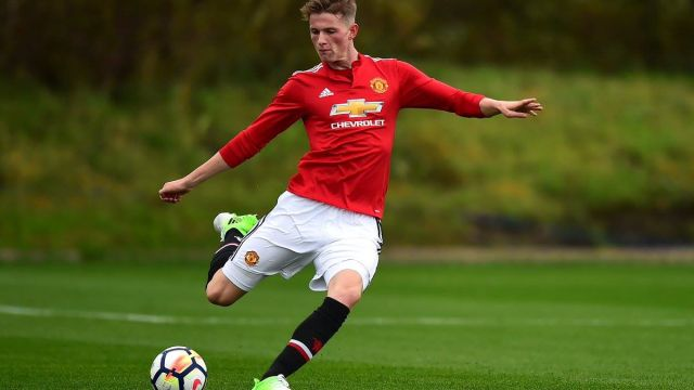Max Taylor Manchester United Cáncer Quimioterapias Los Pleyers