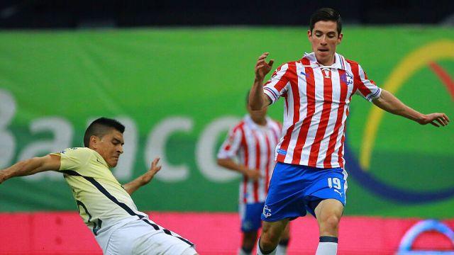 27/08/2016. Copa Libertadores Copa Sudamerica Futbolistas Mexicanos Los Pleyers, Marco Bueno en un Clásico Nacional con Chivas.