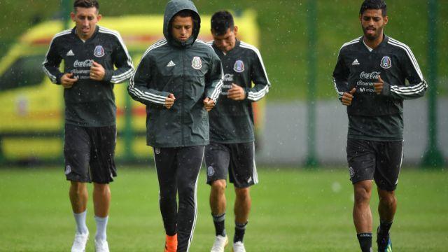 19/06/2018. Héctor Herrera Chicharito Galaxy Relación Los Pleyers, Héctor Herrera y Javier Hernández en un entrenamiento con Selección Mexicana.