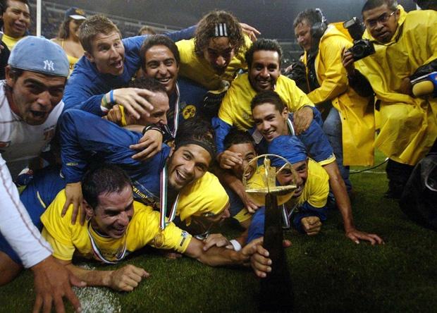 14/01/2020. Jugadores Tlaxcala Futbol Amateur Los Pleyers, Óscar Rojas celebra el título del 2005 con América.